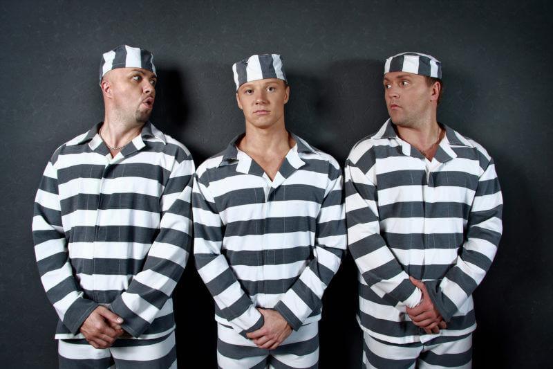 widzenie widzenia aresztowany zatrzymanie areszt śledczy zakład karny